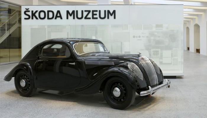 Google'dan Skoda müzesi gezisi