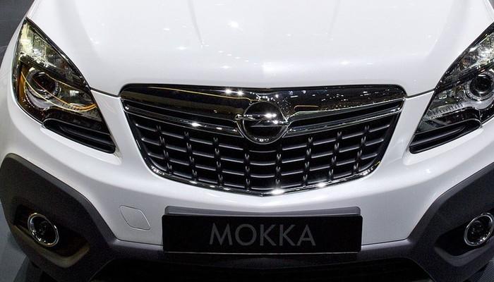 Üç yeni Opel