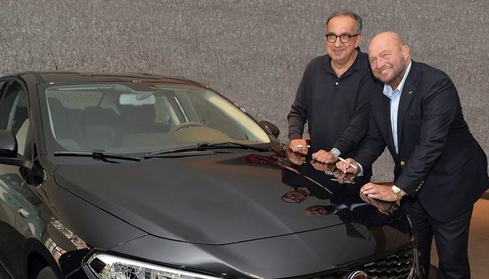 Yeni Fiat Sedan'a iki simge imza