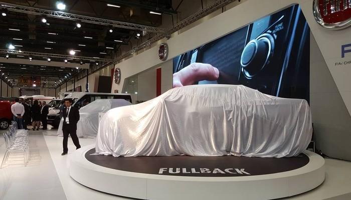 Fiat Fullback örtüsünü attı