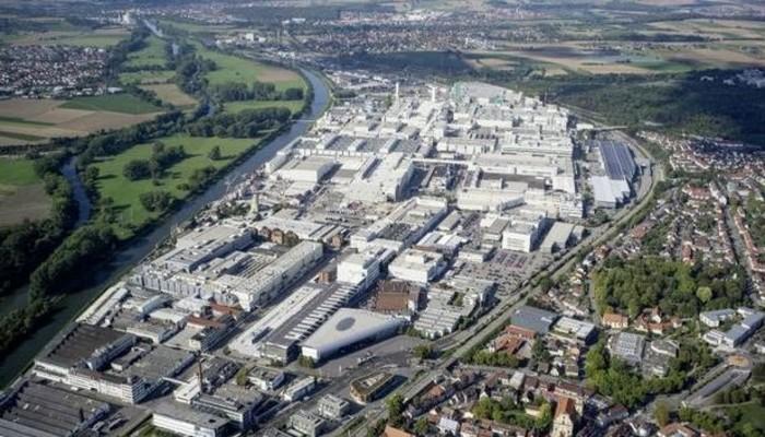 Fabrikayı su bastı