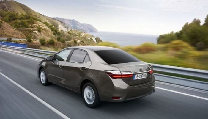 Yeni Corolla kaç liradan alıcı buluyor?