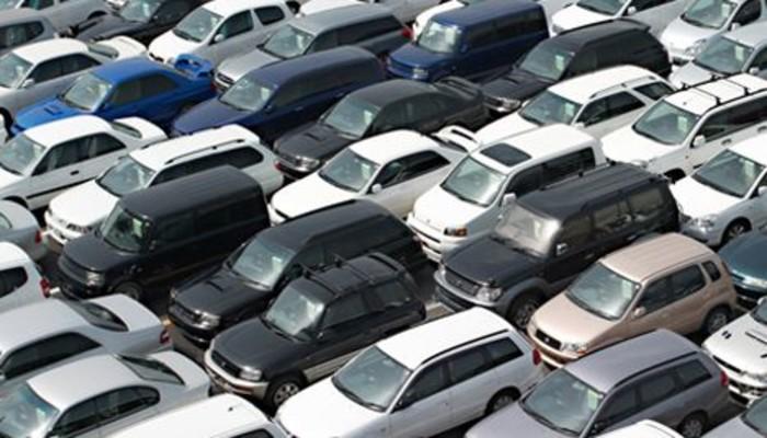 Otomobilde fiyat indirimleri 20 bin liraya dayandı