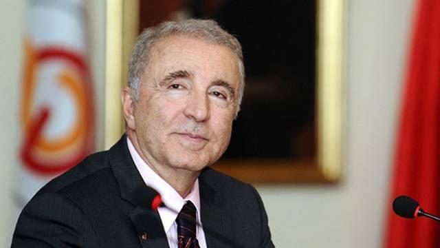 Ünal Aysal Galatasaray'a iki bombayla dönüyor