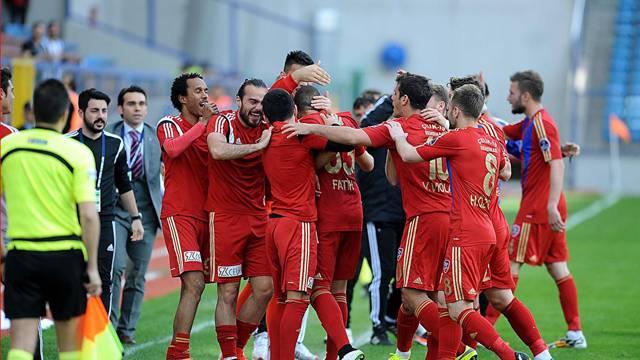 Kardemir Karabükspor 2 - 1 Gençlerbirliği
