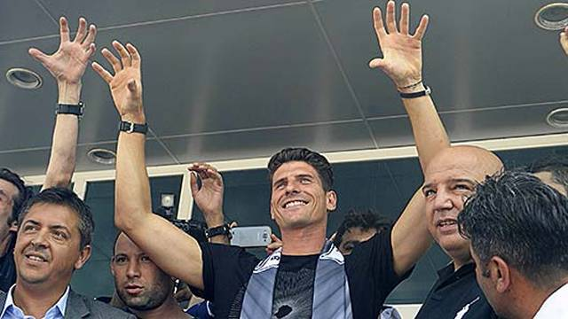Beşiktaş'tan UEFA'ya çalım! Gomez...