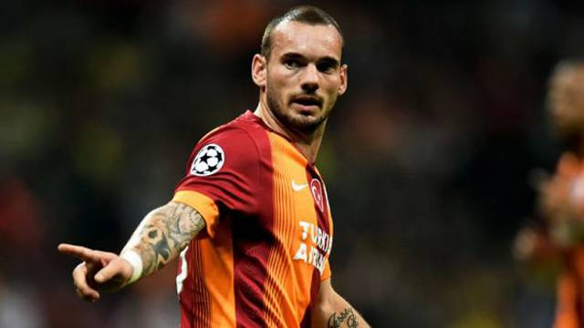 Galatasaray'da herkes bunu konuşuyor! Sneijder...