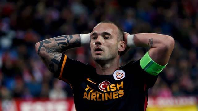 Sneijder bir konuştu, ortalık karıştı