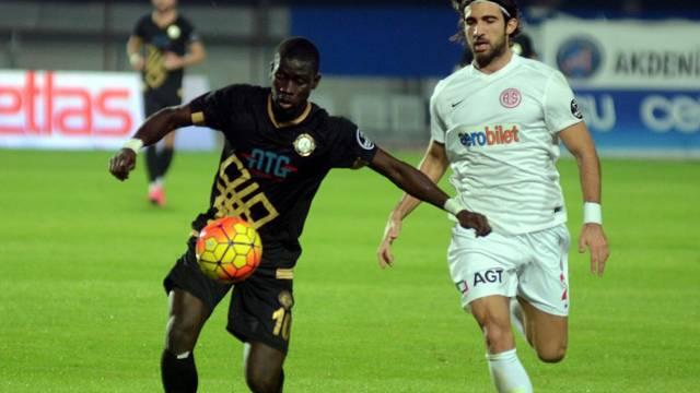 Antalyaspor 1 - 1 Osmanlıspor