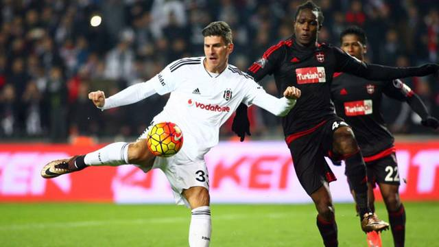 Beşiktaş Gaziantepspor'a fark attı
