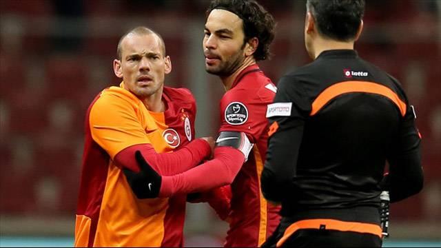 Sneijder'in menajerinden çıldırtan açıklama