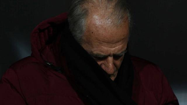 Mustafa Denizli istifa mı etti?