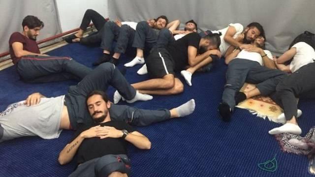 Küme düşen Kartalsporlu futbolcuları kulüp otobüse almadı