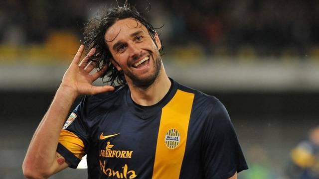 Luca Toni futbola veda ediyor
