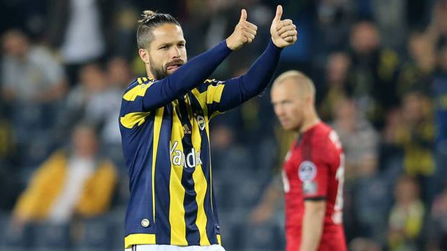 Diego Ribas, Fenerbahçe taraftarını ikiye böldü