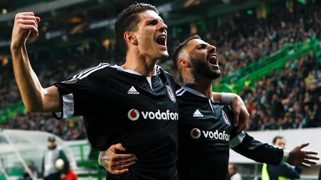 Beşiktaş'tan Gomez'e müthiş teklif!