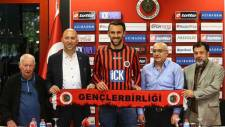 Vedat Muric Gençlerbirliği'ne transfer oldu