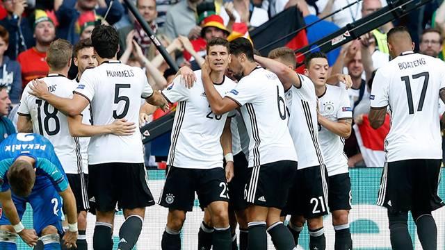 Almanya 3 - 0 Slovakya