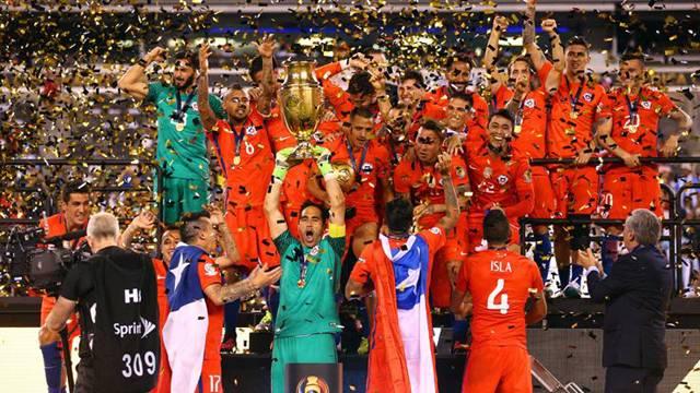 Copa America'yı Şili aldı, Messi Arjantin'i bıraktı