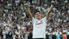 Beşiktaş Gomez'in menajerini İstanbul'a çağırdı