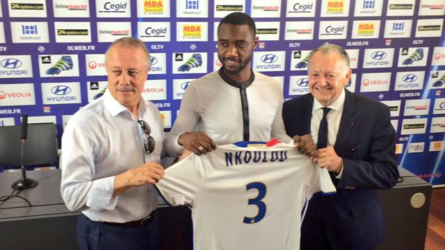 Nicolas N'Koulou, resmen Lyon'da