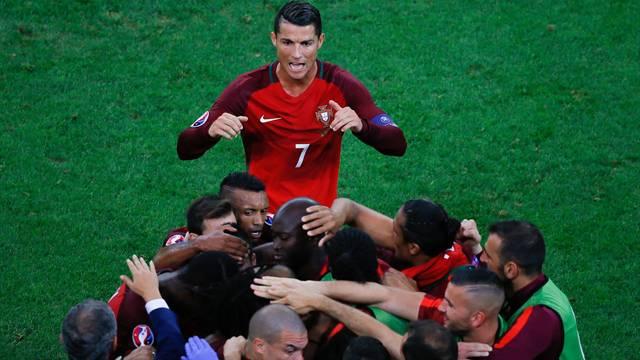 Polonya 4 - 6 Portekiz