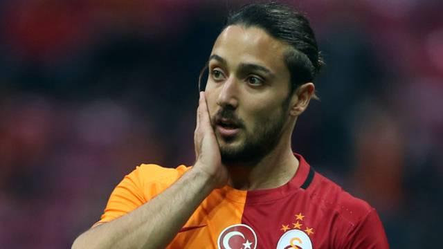 Tarık Çamdal'dan Galatasaray'a: 'Ayrılmıyorum'