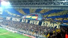 Genç Fenerbahçeliler tribünden çekildi