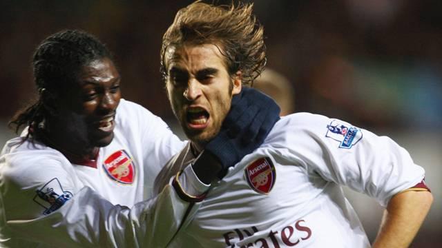 Adebayor ve Flamini transferleri askıya alındı