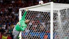 Yılın golü Messi'den, kurtarışı ise...