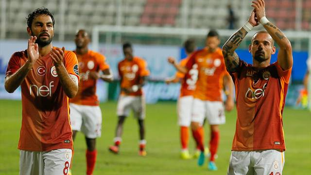 'Galatasaray'da sahte oynayanlar var'