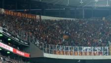 Galatasaraylı taraftarlardan Vodafone Arena'ya zarar!