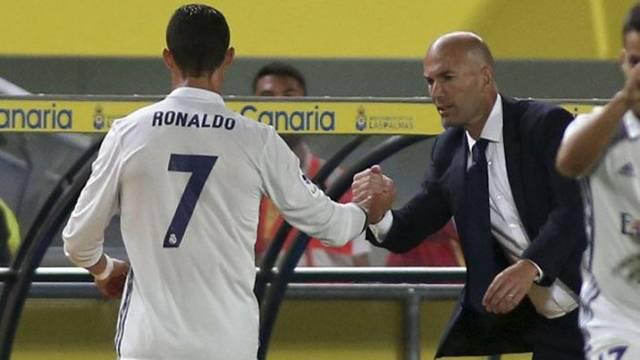 Ronaldo Zidane'a küfür etti