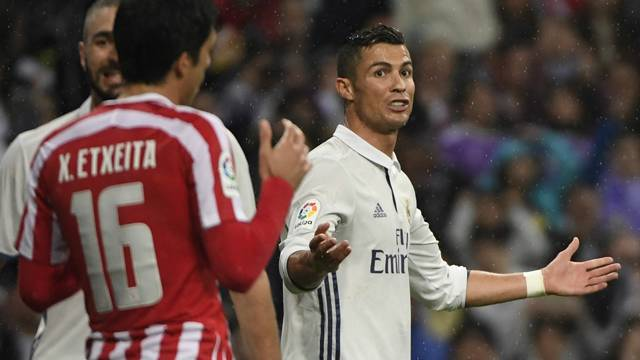 Bunu neden yaptın Ronaldo? Gole sevinmedi