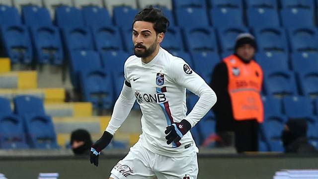 Mehmet Ekici'den Trabzonspor'a rest