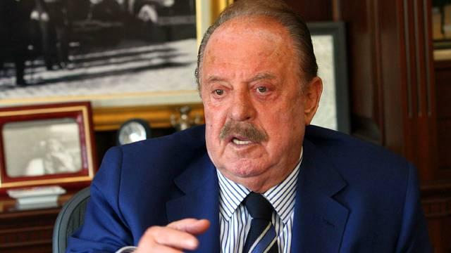 İlhan Cavcav: İstifa et, oğlumu başkan vekili yapacağım'