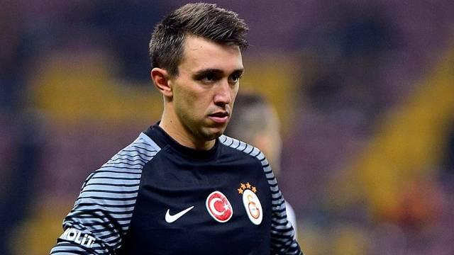Galatasaray, Muslera'nın sözleşmesini uzatacak