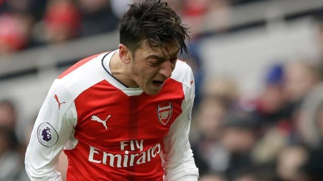 'Mesut Özil günah keçisi ilan edildi'