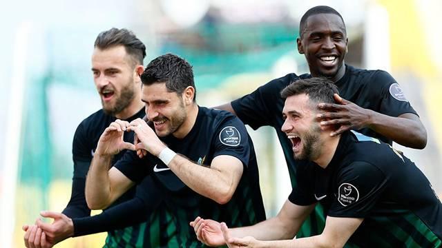 Akhisar Belediyespor 3 - 0 Antalyaspor