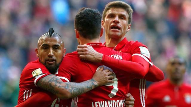Bayern Münih 8 - 0 Hamburg