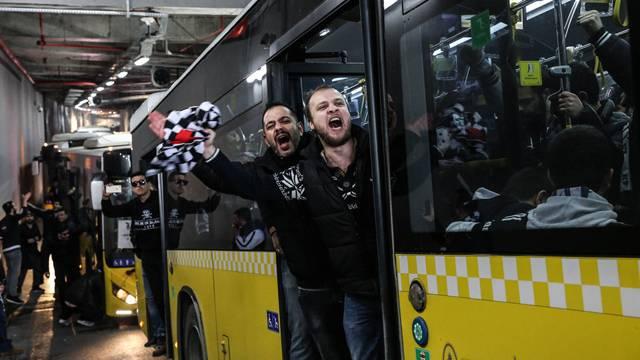 Beşiktaş taraftarı TT Arena'ya gidiyor