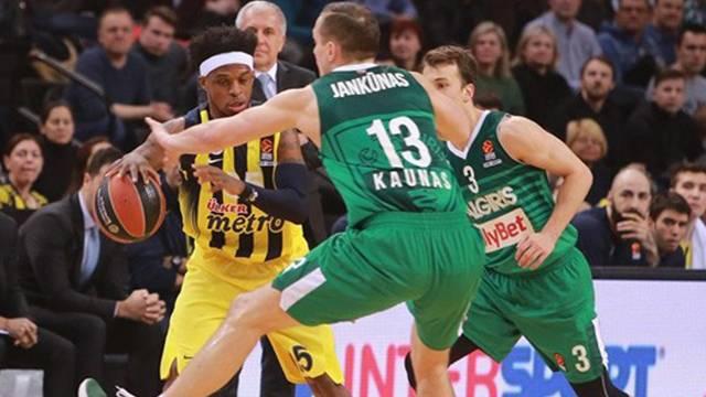 Fenerbahçe Litvanya'da güldü