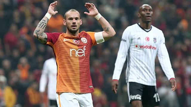 Galatasaray, Sneijder'den gelen haberle sarsıldı!