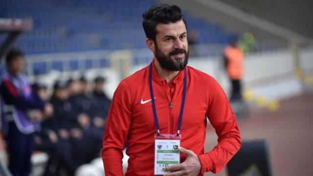 Ali Tandoğan Denizlispor'da kalıyor