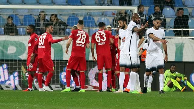 Çaykur Rizespor 1 - 2 Antalyaspor