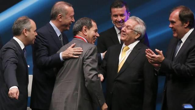 Erdoğan, Özbek ve Yıldırım'ı bir araya getirdi
