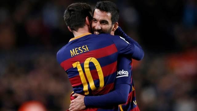 Messi'den şoke eden Arda Turan isteği
