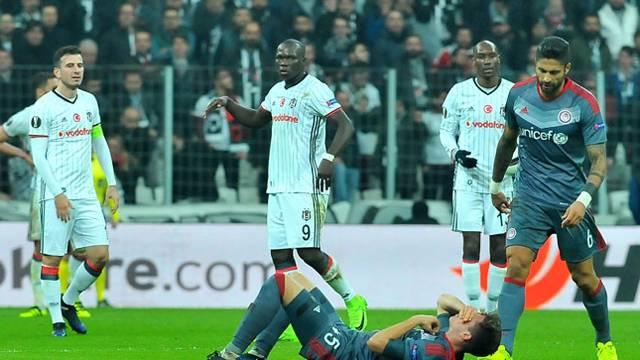 UEFA'dan Aboubakar'a 3 maç ceza!