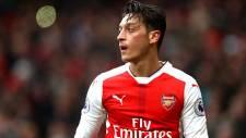 Mesut Özil'den Almanya'ya dönüş sinyali!