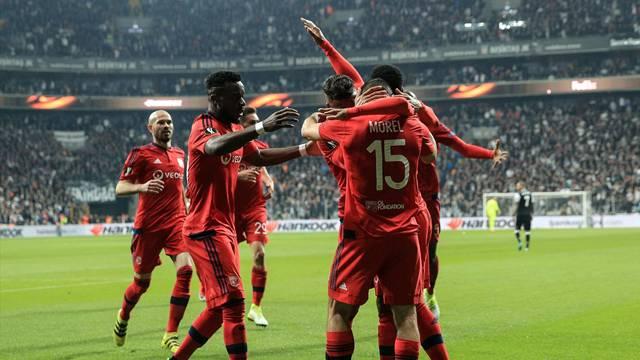 Beşiktaş 8 - 8 Olympique Lyon